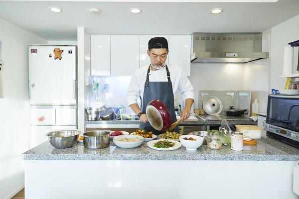 PROFESSIONs No.123 フランス料理がルーツの出張料理人